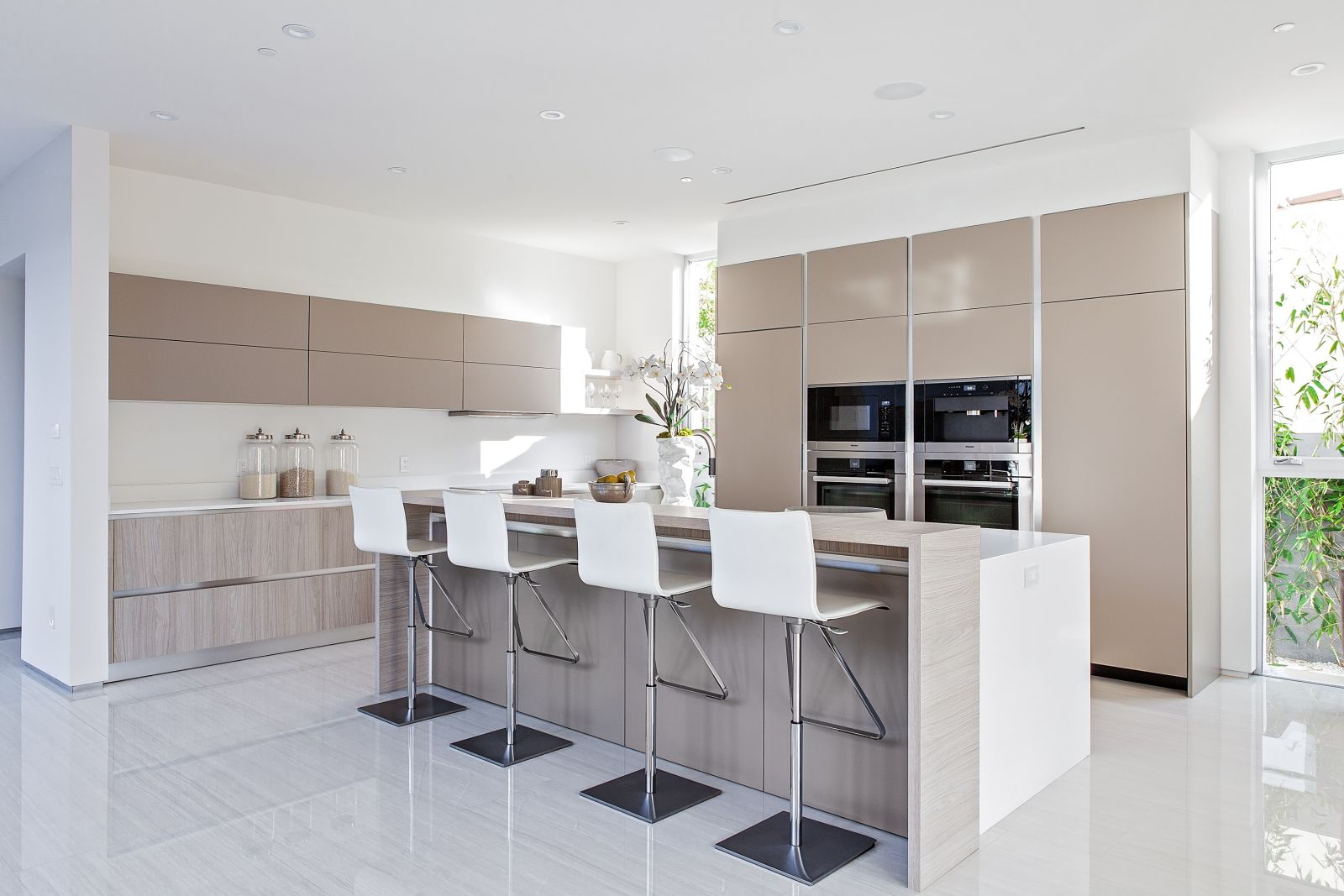 RTA kitchen cabinets - buy a kitchen set in Los Angeles