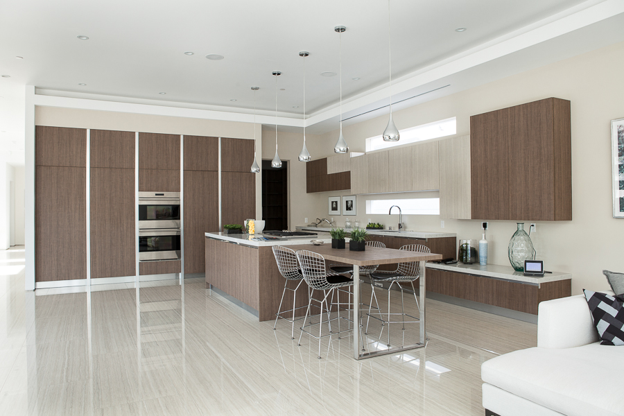 Kitchen cabinets modern buy a modern kitchen ca usa for Kitchen cabinets 90045