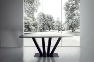 TREE ROUND TABLE